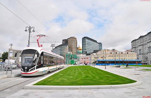 Москва расширяет контракт на поставку низкопольных трамваев с 300 до 600 вагонов
