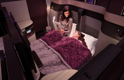 Самолеты Qatar Airways оборудовали двуспальными кроватями