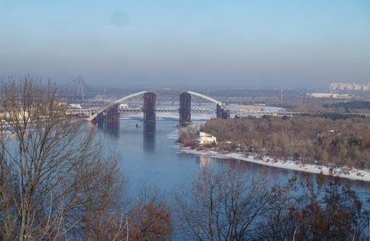 На мост-долгострой в Киеве выделили более 400 миллионов гривен