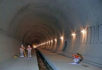 К весне следующего года по новому тоннелю под Карпатами пойдут поезда