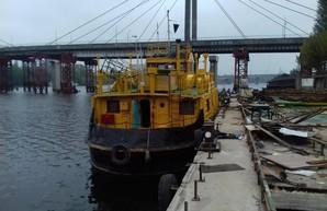 Киевский речной порт отремонтировал судно для своего флота