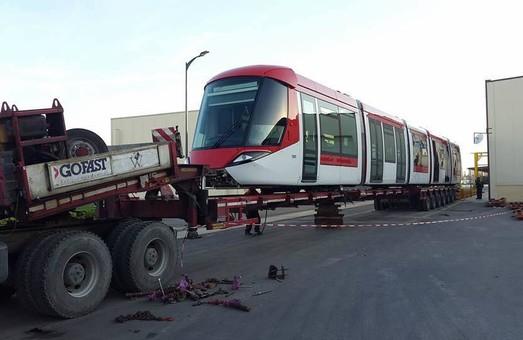 В алжирский Сетиф начались поставки трамваев для новой линии