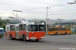 ЗіУ-682 із Афін у Тбілісі 2006 року... Їздити їм залишилося недовго...