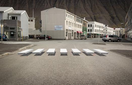 В Исландии открыли пешеходный переход в 3D формате