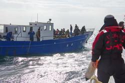 В море под Одессой спасатели проверяли рыбаков