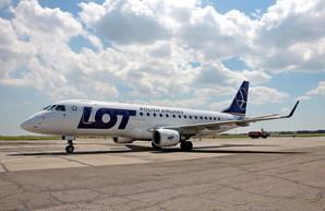 Ведущая авиакомпания Польши планирует запуск внутренних авиарейсов из Одессы до Львова