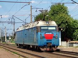 Электровоз 2ЭЛ5 - украинский вариант российского 2ЭС5К
