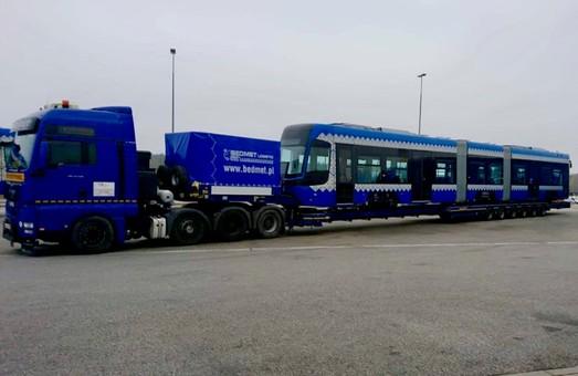 В Киев везут из Польши новенькие трамваи Pesa (ФОТО)