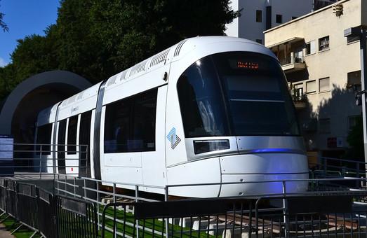 Для строящейся в Тель-Авиве линии трамвая заказывают дополнительный подвижной состав