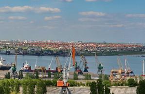 В порту Черноморск углубят дно за 445 миллионов гривен
