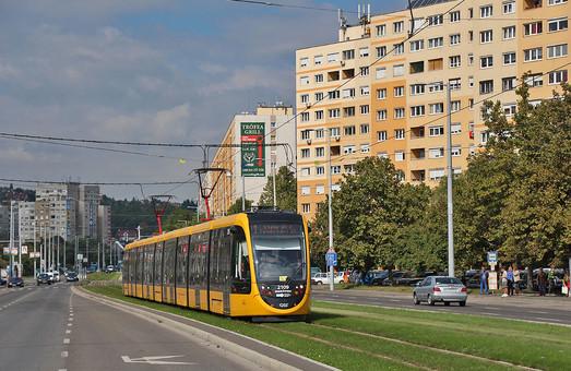 Будапешт пополняет парк самых длинных в мире трамваев
