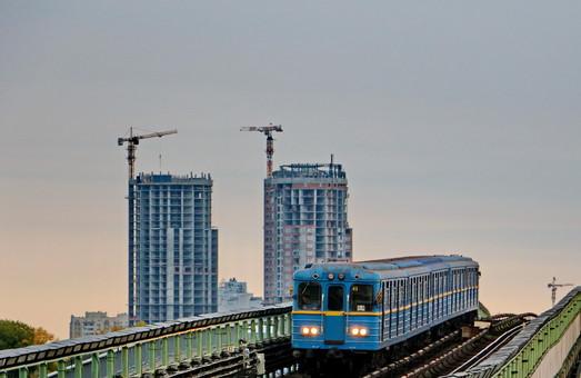 В Киеве подписан договор о строительстве метро на Троещину за китайские инвестиции