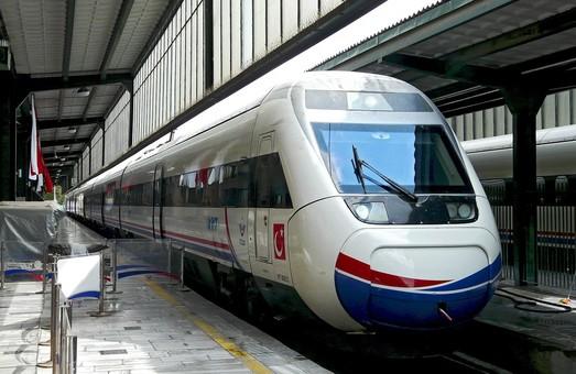 Турция планирует закупить почти 100 высокоскоростных поездов