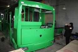 Как троллейбус модернизируют на заводе по производству маршруток: опыт Бахмута (ФОТО)