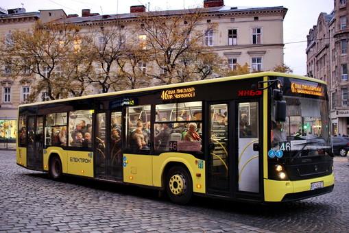 За нынешний год в Украине построили почти 700 автобусов