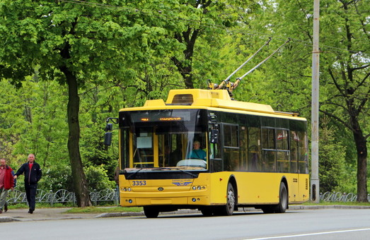 Хмельницкий заключил договор на поставку 7 новых троллейбусов