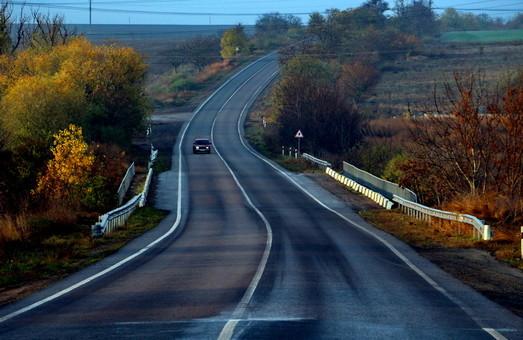 В Одесской области ограничивают движение по дорогам из-за непогоды