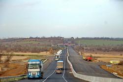 Как ремонтируют автотрассу Одесса - Киев (ФОТО)