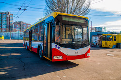 Как выглядит новый одесский троллейбус из Белоруссии (ФОТО)