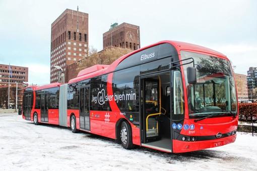 Столица Норвегии получила первые сочлененные электробусы в Европе
