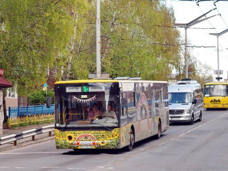Тернополь остался без маршруток: водители бастуют против электронного билета