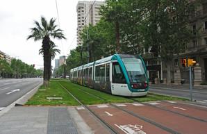 "Трамваи Барселоны переключают на ""зеленую"" электроэнергию"