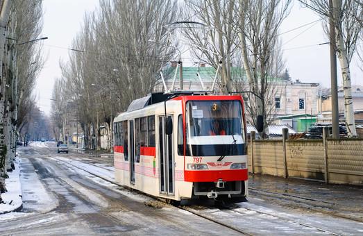Запорожье покупает пять корпусов частично низкопольных трамваев