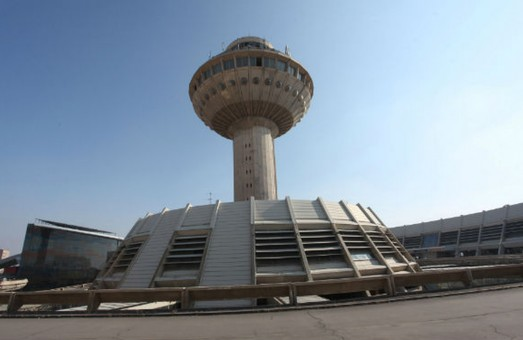 В Ереване снесут пассажирский терминал аэропорта