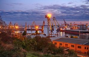 В Одесском морском порту падают показатели грузоперевалки