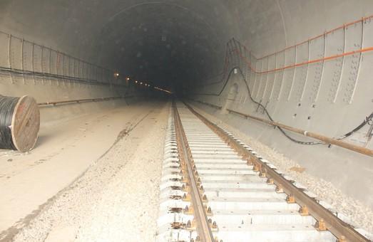 Самый длинный тоннель в Карпатах откроют 25 мая
