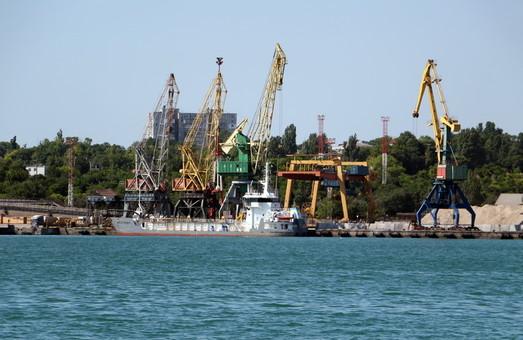 Углублять дно в порту под Одессой будут китайцы