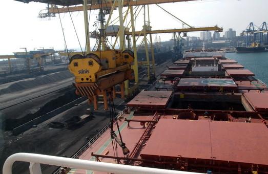 Из-за тумана морской порт Николаева работает с перебоями