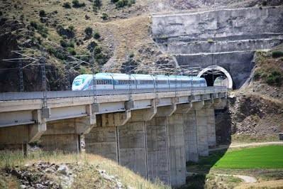 В Турции началось строительство новой высокоскоростной магистрали в столицу