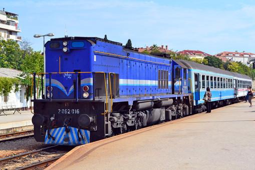 В Хорватии электрифицируют железную дорогу к речному порту Вуковар на Дунае