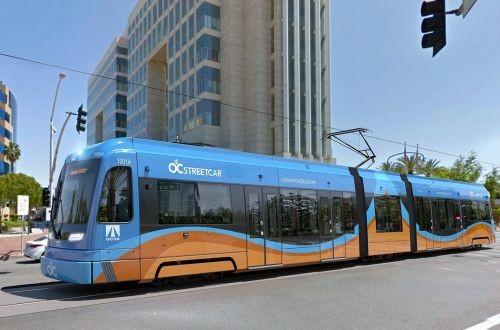 Калифорния закупает 8 низкопольных трамваев для новой скоростной линии в городе Санта-Ана