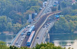 Часть киевского Моста Метро будут ремонтировать