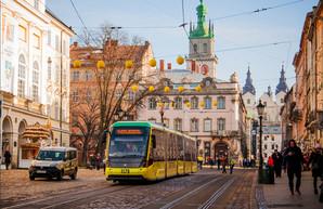 Проезд в электротранспорте Львова повысили до 5 гривен