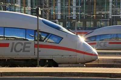В Германии закупают дополнительные высокоскоростные поезда увеличенной длины