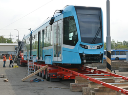 В чешский город Острава начались поставки швейцарских трамваев (ФОТО)