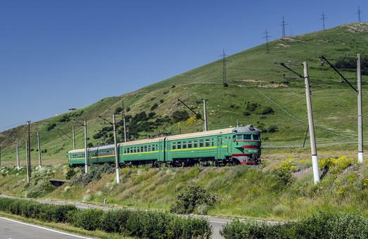 Железная дорога в Армении прекратила работу