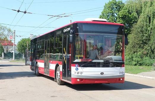 Шесть новых автобусов уже прибыли в Ивано-Франковск