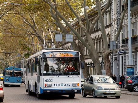 В Одессе из-за ремонта теплотрассы на выходных троллейбусы и автобусы не будут ходить по Пушкинской