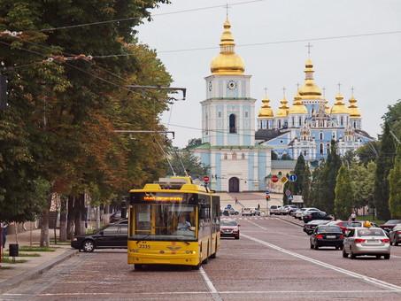 В Киеве с 14 июля вдвое повышают проезд в городском транспорте