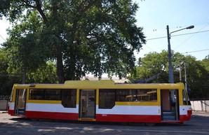 В одесских вагоноремонтных мастерских построили очередной новый трамвай (ФОТО)