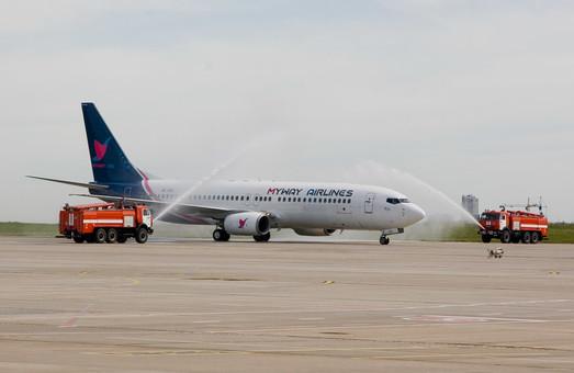 Начались авиарейсы из Харькова в Батуми