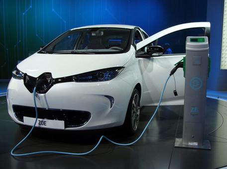 Renault инвестирует более 1 млрд евро в производство электромобилей во Франции