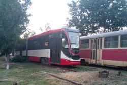 Новый трамвай от одесско-днепровской компании для Египта вышел на испытания (ФОТО)