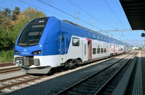 Stadler презентовал новый «зимний» двухэтажный поезд