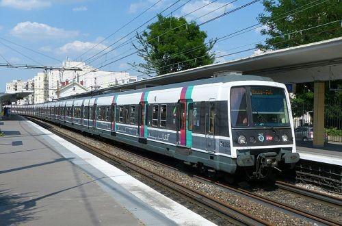 Париж закупит 180 поездов для городской железнодорожной линии B сети RER