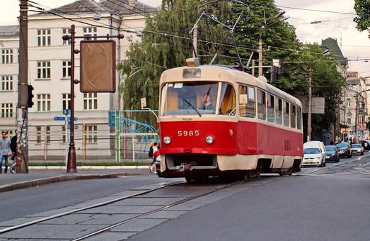 Как в Киев закупают подержанные трамваи из Чехии под видом ремонта старых вагонов